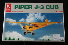 XF079 HOBBY CRAFT 1/48 maquette avion HC1586 Piper J-3 Cub