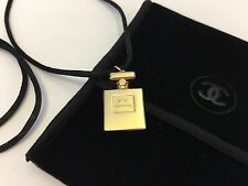 CHANEL No.5 Parfum Perfume Bottle Necklace VIP Gift New in Velvet Pouch