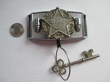 VINTAGE KIDS SHERIFF METAL BELT BUCKLE WITH RETRACTABLE KEY VERY RARE 1950'S
