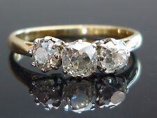 Stunning 18ct Gold and Platinum 0.87ct 3 Old cushion cut Diamond ring M19