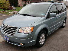 Chrysler : Town & Country Swivel' N Go