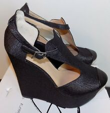 PENNY LOVES KENNY NWT Nira II Black Textured T-Strap Wedge Heels Shoes sz 8.5
