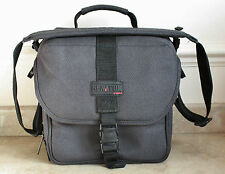 COBRA SENATOR Camera/Gadget Bag - for SLR, DSLR, CSC or similar camera