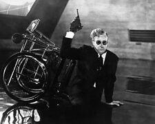 Sellers, Peter [Dr Strangelove] (37739) 8x10 Photo