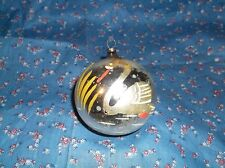 """ksm. Vintage Christmas Ornament Swan Cattails on Silver  3 1/4"""" High w/ Loop"""