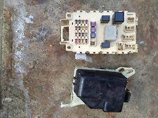 Toyota Yaris 03 fuse boards