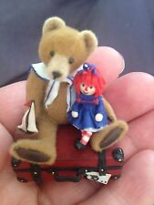 Tiny Dollhouse Miniature ARTIST ANABEAR HANDSCULPTED BEAR DOLL ON SUITCASE RARE
