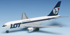 Herpa Wings 1:500 LOT Polish Boeing 767-200 prod id 504256 released 1997