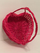 """HEART Shaped Red Wicker Basket with Handle Valentines Day 8.5"""" x 8"""" x 10"""" EUC"""