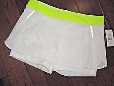 LUCY Activewear Breeze on by white Running skort w/ spandex Shorts size Large