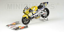 MINICHAMPS 016146  Honda NSR 500 GP bike Nastro Azzurro  Rossi 2001 1:12th