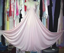 VTG Vintage PRINCESS PINK Designer RARE Gold Label OLGA MEGA SWEEP Nightgown S M