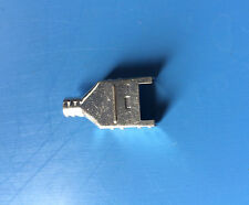 520465-1 AMP CONNECTOR BOTTOM SHIELD PLUG 8 POSITION ROUND CABLE