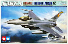 Tamiya 60315 Lockheed Martin F-16CJ Block 50 Fighting Falcon 1/32 scale kit