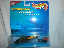 HOT WHEELS CARDED ACTION PACKS UNDERSEA ADVENTURE SUBMARINE, MICRO SUBMARINE HW8
