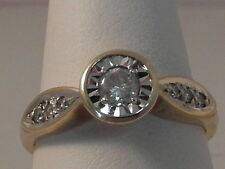 609F LADIES 9CT GOLD 1/4 CARAT SI2 H DIAMOND SOLITAIRE WITH ACCENTS RING SIZE M