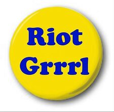 RIOT GRRRL - 1 inch / 25mm Button Badge - Cute Novelty Feminist