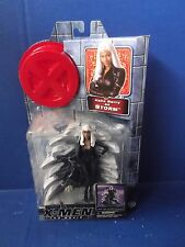 HALLE BERRY STORM MARVEL X-MEN THE MOVIE ACTION FIGURE LIGHT UP BASE