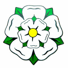 YORKSHIRE/ ENGLAND WHITE ROSE ENAMEL LAPEL PIN BADGE - Darts/ Cricket/ Rugby