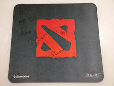 Dota 2 SteelSeries Qck+ Signed by Navi and Mousesports