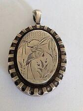 Interessante BELLE Vittoriano Ovale sterling silver estetica INCISI Hinged CIONDOLO