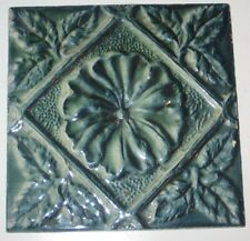 Piastrella inglese Arts & Craft sollevato Decorazione barbotine DEC Blu
