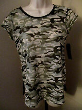 Macy's Almost famous Short Sleeve Shirt Camo Womens Juniors Size XS NWT