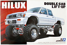 Aoshima 50972 LN107 Hilux Pickup Double Cab Lift Up '94 (TOYOTA) 1/24 scale kit