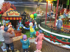 "TRAIN GARDEN VILLAGE HOUSE  "" The CARNIVAL BALLOON CLOWN "" + DEPT 56/LEMAX info"