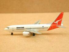 "Qantas B737-300 (VH-TAK) ""Daring"", Dragon Wings"