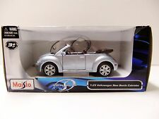 Maisto Volkswagen Special Edition New Beetle Cabriolet (Die-cast-1:25 Scale)2012