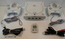 Sega DREAMCAST Console w/ 2 Controllers + VMU + Connectors