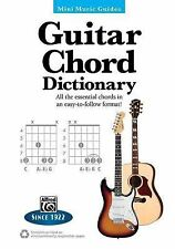 Mini Music Guides: Guitar Chord Dictionary : All the Essential Chords in an...