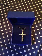 9ct Gold Crucifix With Chain
