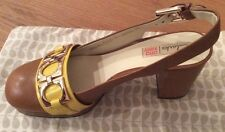 Orla Kiely Clarks, Beatrice Shoes in tan in size 7.5D, EUR 41.5, Vintage Style