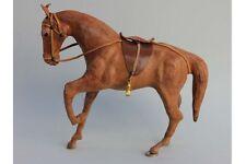 Großes braunes Pferd Holz mit Lederüberzug - Schaufensterdekoration