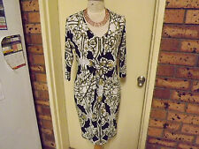 Charlie Brown Stunning Dress with 3/4 Sleeves & Knee Length sz 10