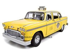 1981 NEW YORK TAXI CHECKER CAB 1/18 DIECAST MODEL CAR BY SUNSTAR 2501
