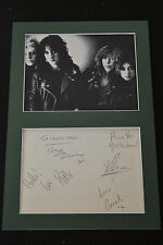 GIRLSCHOOL signed Autogramm In Person 20x30 Passepartout KELLY +2007 URBESETZUNG