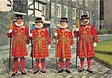 B69497 London Tower Yeomen Warders in Ceremonial Dress   uk