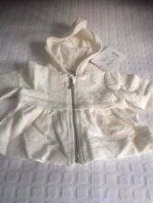 BABY YOUNG VERSACE ZIP-UP CARDIGAN WITH HOOD & 2 FRONT POCKETS. 1 MONTH. CREAM.