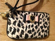 BETSEY JOHNSON  WOMEN'S  WRISTLET SNOW LEOPARD   RETAIL-$58  NWT