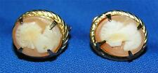 """VTG 1970'S GOLD TONE PINK SHELL CAMEO SCREW BACK 1/2"""" COSTUME JEWELRY EARRINGS"""