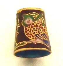 Fingerhut Eule Uhu 881eu2 Cloisonné 24ct vergold Thimble Horned Owl Rélief antik
