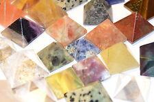 1 Bunte Edelstein Gemstone Gemme Gemma Pyramiden Piramide 1,1 bis 2,2cm
