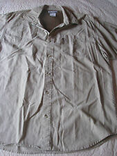 Columbia PFG S/S Beige/Gray Khaki Vented Padded Fishing Shirt Mens L LARGE
