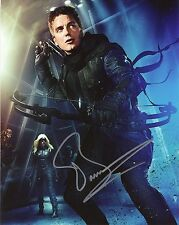"JOHN BARROWMAN Authentic Hand-Signed ""ARROW - Malcolm"" 8x10 Photo (EXACT PROOF)"