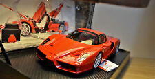 1/18 BBR FERRARI ENZO-POPE EDITION.LTD ED NO 268 OF 399 PIECES. CODE HE180031