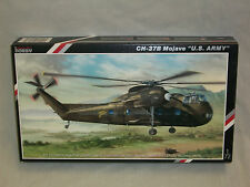 "Special Hobby 1/72 Scale CH-37B Mojave Helicopter Mojave ""U.S. Army"""