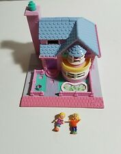 Vintage Bluebird Polly Pocket 1993 Bay Window House with 2 Dolls Included